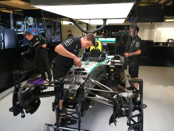 Index mercedes f1 garage 7